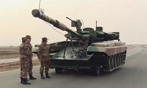 [Info] Hết Trung Quốc rồi lại đến Mỹ đóng giả xe tăng Nga ảnh 2