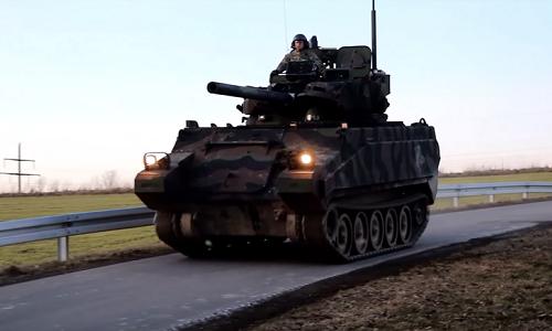 [Info] Hết Trung Quốc rồi lại đến Mỹ đóng giả xe tăng Nga ảnh 1