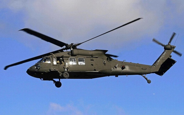 """[ẢNH] """"Diều hâu đen"""" UH-60A Mỹ nghỉ hưu, tạm biệt một huyền thoại ảnh 27"""