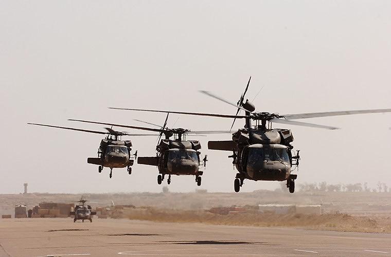 """[ẢNH] """"Diều hâu đen"""" UH-60A Mỹ nghỉ hưu, tạm biệt một huyền thoại ảnh 6"""