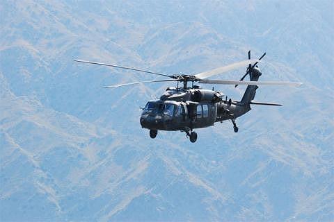 """[ẢNH] """"Diều hâu đen"""" UH-60A Mỹ nghỉ hưu, tạm biệt một huyền thoại ảnh 8"""