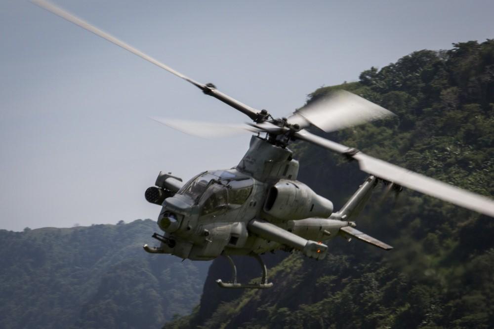 """[Info] """"Siêu rắn hổ mang"""" AH-1Z của Mỹ đang triển khai trên đất Philippines ảnh 2"""