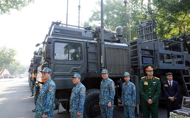 [Info] Việt Nam lần đầu tiên công khai hệ thống tên lửa phòng không sát thủ từ Israel ảnh 1