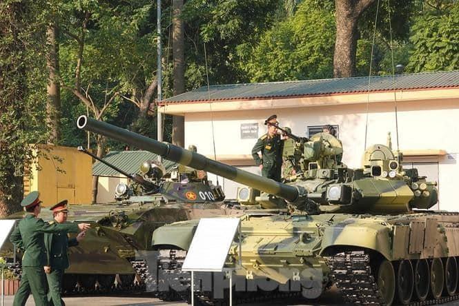 [Info] Khám phá xe chiến đấu bộ binh vừa chính thức lộ diện của Việt Nam ảnh 1