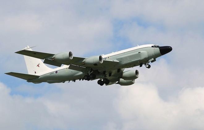 """[Info] Lo ngại """"quà giáng sinh"""" từ Triều Tiên, 4 máy bay do thám Mỹ quần đảo trên không ảnh 1"""