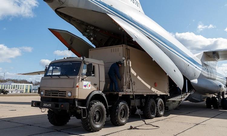 [Info] Phi đoàn 9 vận tải cơ khổng lồ Nga đáp xuống Italy để trợ giúp ứng phó Covid-19 ảnh 2