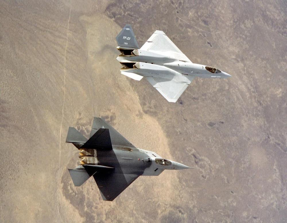 """[Info] Sức mạnh tiêm kích YF-23 của Mỹ biệt danh """"góa phụ đen"""" ảnh 1"""