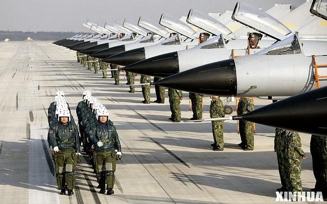 [Info] Bất ngờ Trung Quốc cho 40 tiêm kích J-10 áp sát biên giới Ấn Độ từ ngả Pakistan ảnh 1