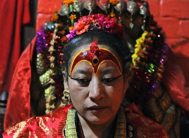 Kumari tại Nepal (2): Nữ thần hoàn tục ra sao? ảnh 8