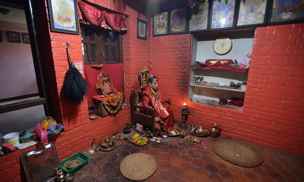 Kumari tại Nepal (2): Nữ thần hoàn tục ra sao? ảnh 9