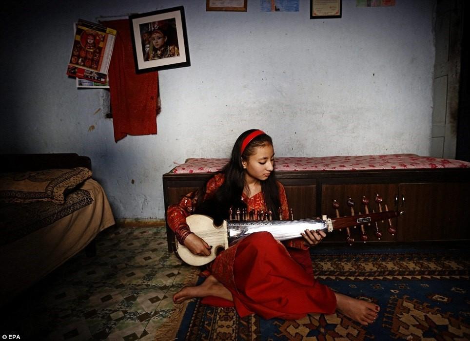 Kumari tại Nepal (2): Nữ thần hoàn tục ra sao? ảnh 5