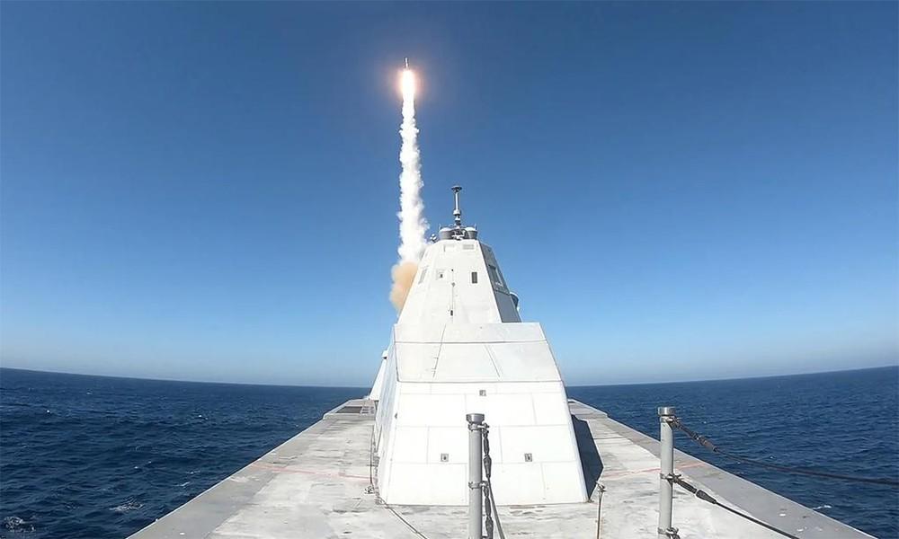 [Info] Mỹ phải từ bỏ pháo điện từ và thay thế bằng tên lửa cho khu trục Zumwalt ảnh 2