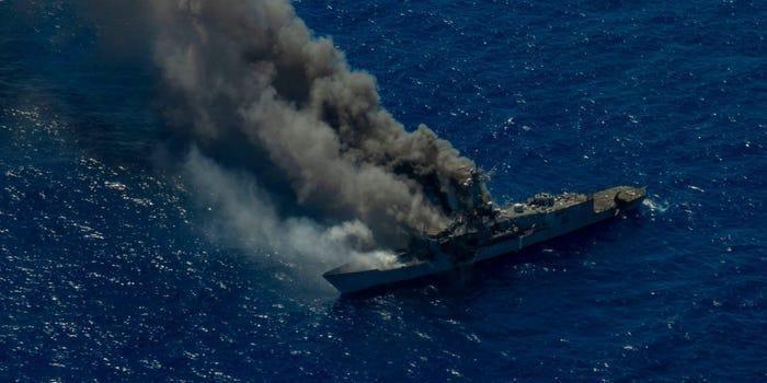 [Info] Sức mạnh chiến hạm mang tên lửa dẫn đường vừa bị Mỹ đem ra đánh chìm ảnh 2