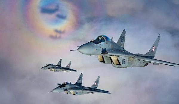 [Info] Báo động đỏ cho Nga khi 4 máy bay rơi liên tiếp, lần này là MiG-29 ảnh 1