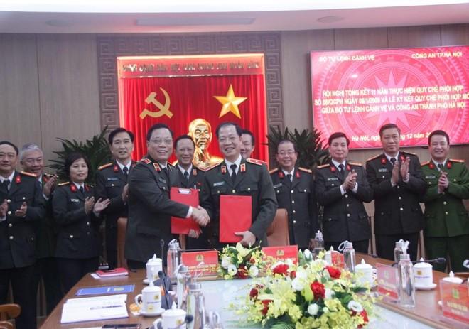 Bộ Tư lệnh Cảnh vệ và CATP Hà Nội ký kết quy chế phối hợp đảm bảo an ninh trật tự ảnh 1