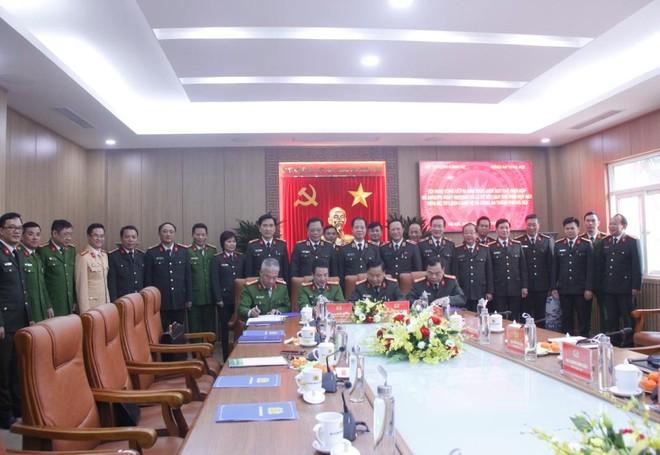 Bộ Tư lệnh Cảnh vệ và CATP Hà Nội ký kết quy chế phối hợp đảm bảo an ninh trật tự ảnh 2