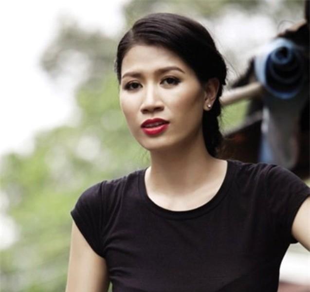 Cựu người mẫu, diên viên Trang Trần đang bị CAQ Hoàn Kiếm tạm giữ hình sự