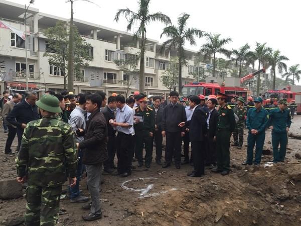 Các lực lượng chức năng đang khẩn trương thực hiện ý kiến chỉ đạo của đồng chí Chủ tịch UBND thành phố Hà Nội để giải quyết sự cố vụ nổ