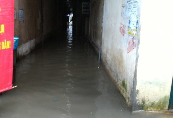 Khu H Tân Mai sau một cơn mưa dai... ảnh 5