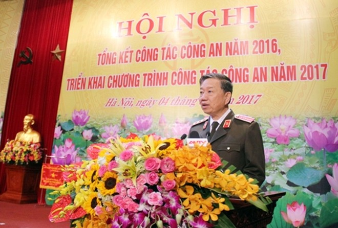 Đồng chí Bộ trưởng Bộ Công an phát biểu chỉ đạo Hội nghị