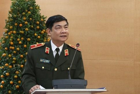 Thiếu tướng Nguyễn Xuân Ngư, Phó Chủ nhiệm Thường trực Ủy ban Kiểm tra Đảng ủy CATƯ phát biểu chỉ đạo hội nghị