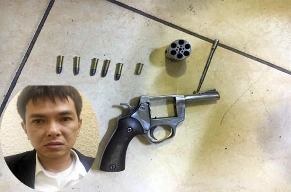 Đối tượng gây án và hung khí trong vụ cướp tài sản xảy ra tại chợ Long Biên