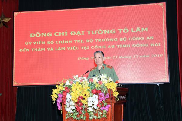 Đại tướng Tô Lâm phát biểu chỉ đạo tại buổi làm việc với Công an tỉnh Đồng Nai