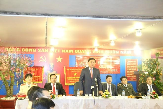 Bộ trưởng Bộ GTVT Đinh La Thăng biểu dương lực lượng CSGT Thủ đô