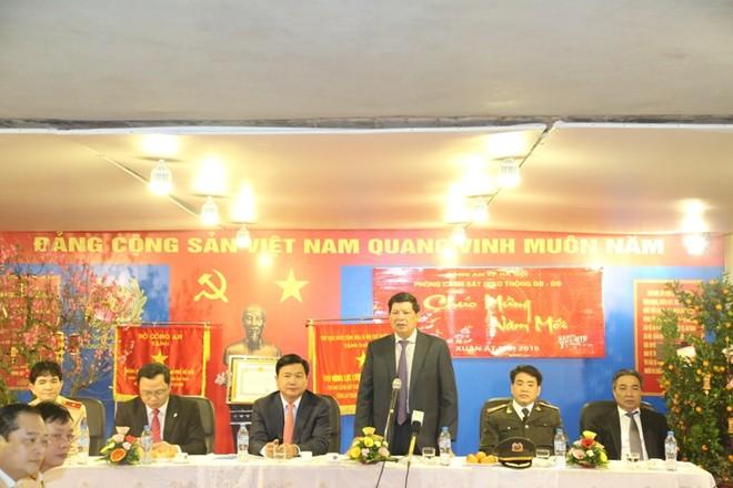 Phó Chủ tịch UBND TP Hà Nội Nguyễn Quốc Hùng giao nhiệm vụ cho lực lượng CSGT Thủ đô