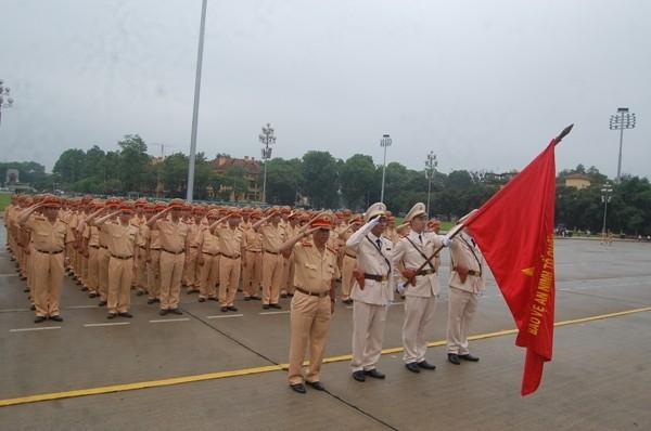 CBCS Phòng CSGT kính cẩn nghiêng mình tưởng nhớ công ơn của Chủ tịch Hồ Chí Minh