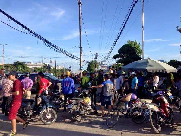 Hà Nội: Tàu hỏa tông ôtô, 3 người thương vong ảnh 2