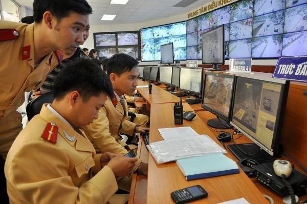 Hệ thống camera giám sát, xử phạt vi phạm truyền hình ảnh về trung tâm 24/24h