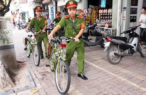 Việc CSTT sử dụng xe đạp đi tuần tra, nhắc nhở đã tạo sự đồng thuận, đánh giá cao của người dân, các cơ quan chức năng và thành phố