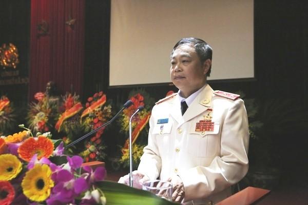 Trung tướng Phạm Dũng chúc mừng những chiến công, thành tích của lực lượng CSGT Thủ đô trong 70 năm xây dựng, chiến đấu và trưởng thành