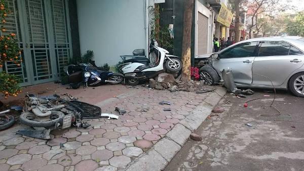 Tai nạn giao thông liên hoàn, 3 người thiệt mạng ảnh 1