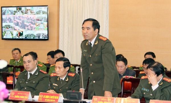 Đại tá Bùi Quang Đồng, Trưởng phòng An ninh xã hội, CATP Hà Nội phát biểu tại hội nghị
