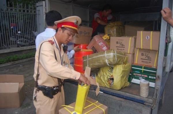 Nhiều vụ việc vận chuyển hàng lậu đã bị Đội CSGT số 14 phát hiện trong thời gian qua