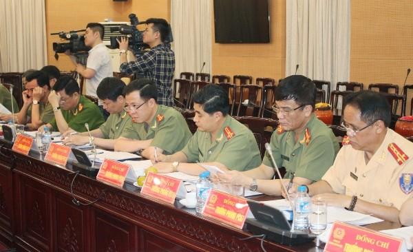 Đảng ủy Ban Giám đốc CATP và chỉ huy các phòng chức năng tham dự buổi kiểm tra