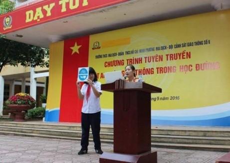 Công tác tuyên truyền pháp luật, ATGT cho học sinh, sinh viên trên địa bàn TP Hà Nội được CATP Hà Nội triển khai mạnh mẽ, hiệu quả trong thời gian qua