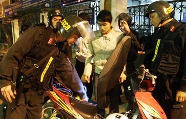 Mệnh lệnh 01 của Giám đốc CATP Hà Nội tăng cường kiểm soát, kiểm tra hành chính vào ban đêm đảm bảo ANTT trên địa bàn thành phố có tác dụng hiệu quả phòng ngừa tội phạm