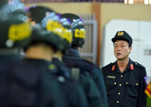 Lực lượng CSCĐ được tăng cường tuần tra lưu động phòng chống đua xe và cổ vũ đua xe trái phép