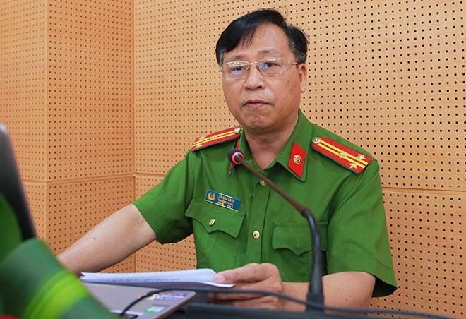 Thượng tá Tô Cao Lanh, Trưởng phòng 8, Cục CSHS Bộ Công an phát biểu tham luận