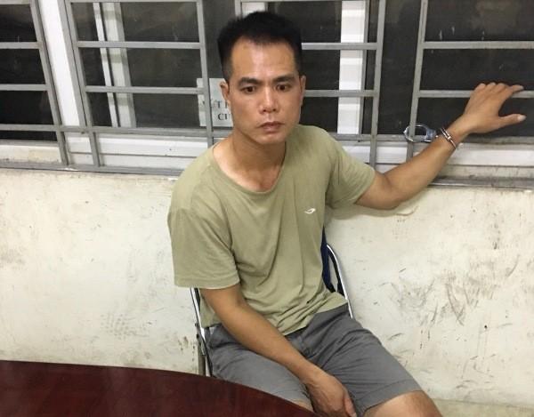 Đối tượng Cù Đăng Toàn bị tổ Y9-141 phát hiện, bắt giữ khi đang tìm cách phi tang ma túy