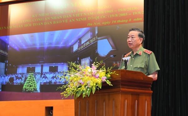 Bộ trưởng Tô Lâm ôn lại quá trình xây dựng, chiến đấu, trưởng thành của lực lượng CAND