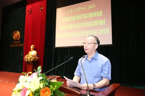 Phó Chủ tịch Thường trực UBND TP Hà Nội Nguyễn Văn Sửu phát biểu giao nhiệm vụ cho lực lượng Cảnh sát PCCC, CATP Hà Nội