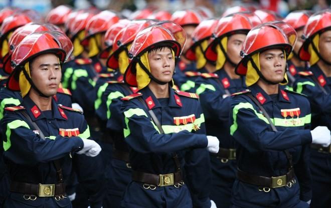 Lực lượng Cảnh sát PCCC ngày càng chính quy, hiện đại, phòng ngừa, xử lý hiệu quả công tác PCCC, cứu nạn, cứu hộ