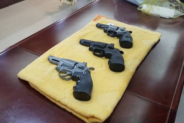 Nhiều vụ cướp đối tượng rất manh động mang theo cả súng để uy hiếp bị hại