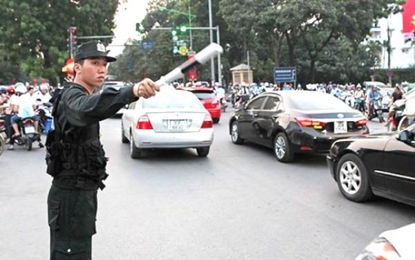 Ngoài chức năng tuần tra đêm, kiểm soát, đấu tranh phòng ngừa các loại tội phạm đường phố, lực lượng CSCĐ còn tham gia hỗ trợ CSGT trong phân luồng, đảm bảo giao thông thông suốt