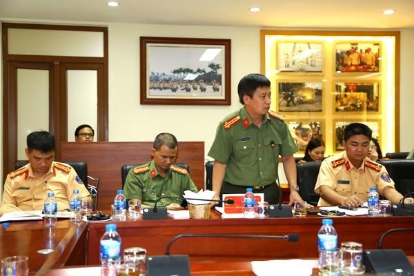 Trung tá Nguyễn Thanh Bình, Tổng Biên tập Báo ANTĐ phát biểu tại buổi làm việc