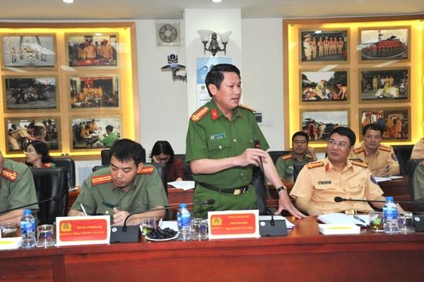 Đại tá Nguyễn Văn Viện, Phó Giám đốc CATP Hà Nội đánh giá hiệu quả và sự chủ động phối hợp thông tin của CATP Hà Nội cũng như vai trò quan trọng của báo chí đối với công tác đảm bảo ANTT, TTATGT...